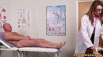At the hospital, bald the patient has received from moms nurses Blowjob group