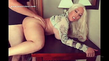 Mommy fat showed large knockers and had sex on camera