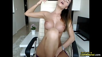 The girl before the web camera showed large knockers and spread her legs for Mas...