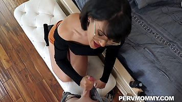 Mommy in glasses and with big milkings made a Blowjob and received cum