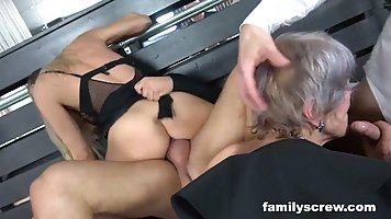 Mommy in stockings and her girlfriends give men group porn with orgasm